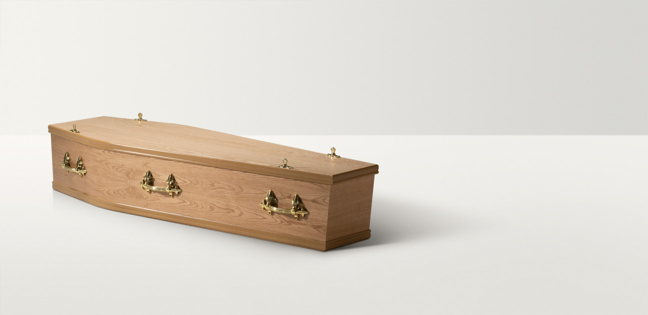 Traditional Oak coffin - no flowers