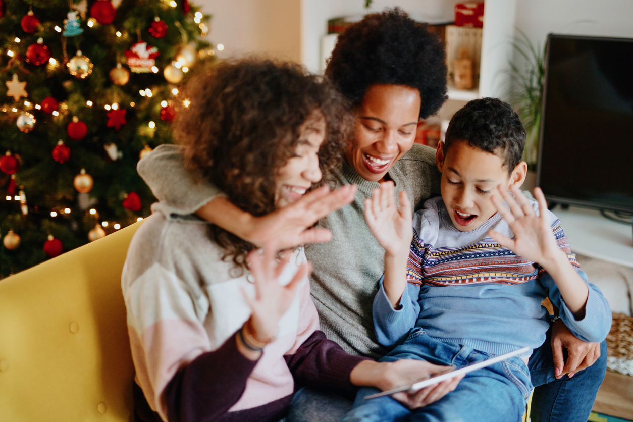 Can you celebrate the holidays with others safely during the coronavirus pandemic?