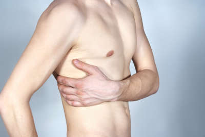 Can acid reflux cause back pain