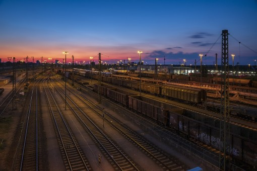 How IoT is modernizing the transportation and logistic industry