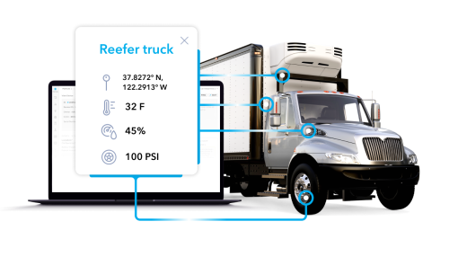 A laptop reporting vitals on a reefer truck