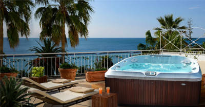 Jacuzzi launches smart hot tubs in 6 months