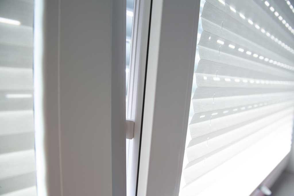 DuoFern Fenster-//T/ürkontakt 9431 Batteriebetriebener Funksensor zur Zustands/überwachung von Fenstern und T/üren