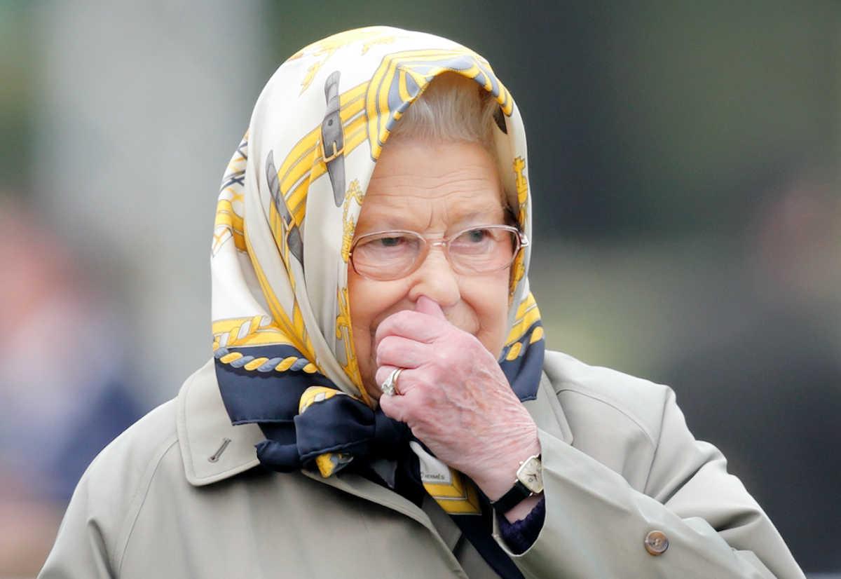 Queen Elizabeth picking her nose