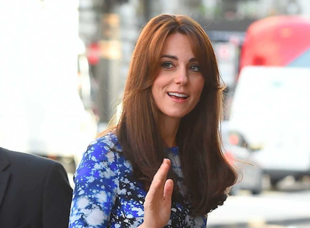 Kate Middleton Exudes College Vibes During Straight Haired University Visit Cafemom Com