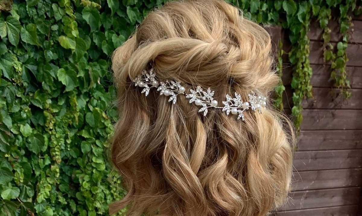16 Short Bridal Hair Ideas Cafemom Com