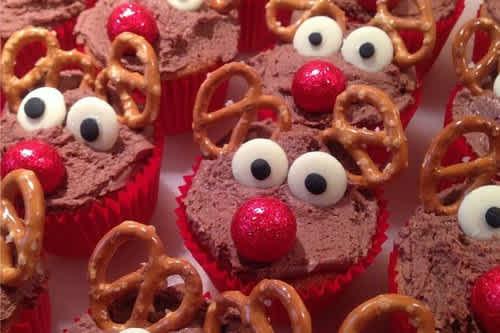 20 Ridiculously Cute Christmas Desserts Cafemom Com