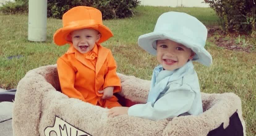26 Fun Halloween Costumes For Siblings To Wear Together Cafemom Com