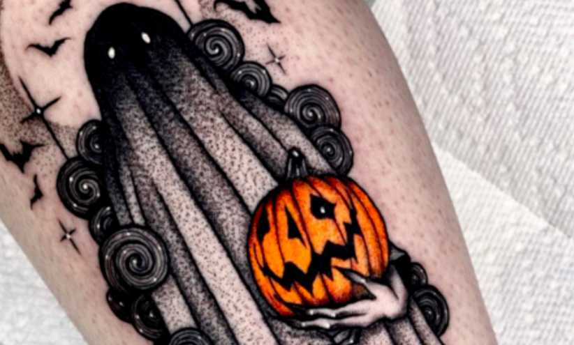 Halloween Tattoos.30 Tattoos For Anyone Who S Obsessed With Halloween Cafemom Com