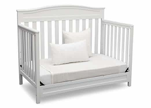 Baby From Crib To Toddler Bed, When To Go From Crib Toddler Bed