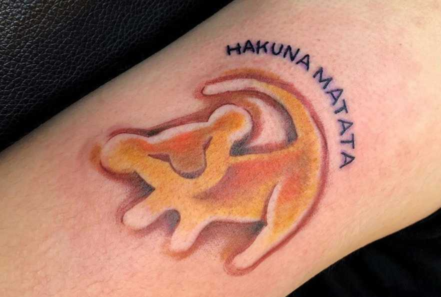 20 Lion King Tattoos To Get Ready For The New Movie Cafemom Com Pin outline lion face in african map tattoo on full back on pinterest. 20 lion king tattoos to get ready for