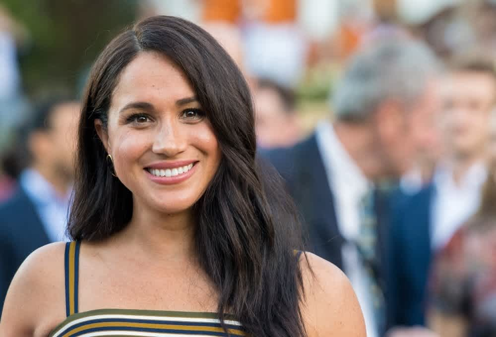 16 times meghan markle made a statement with her hair cafemom com 16 times meghan markle made a statement