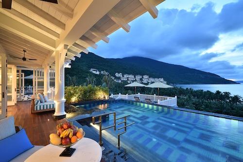 InterContinental Danang Sun Peninsula Resort Article Photo Business 2 Resized