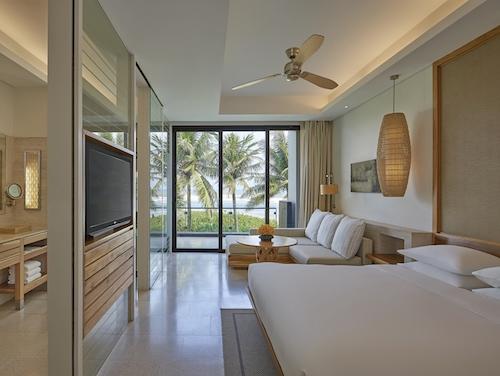 Hyatt Regency Danang Resort and Spa Article Photo Business 2 Resized