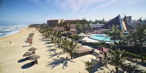 Centara Sandy Beach Resort Article Photo Business 1 Resized