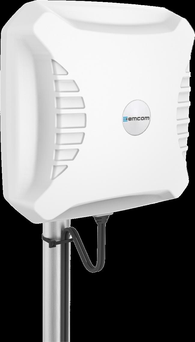 Emcom XPOL 12dBi 4G-panelantenne Hvit