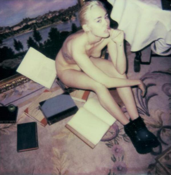 Miley cirius naked — img 3