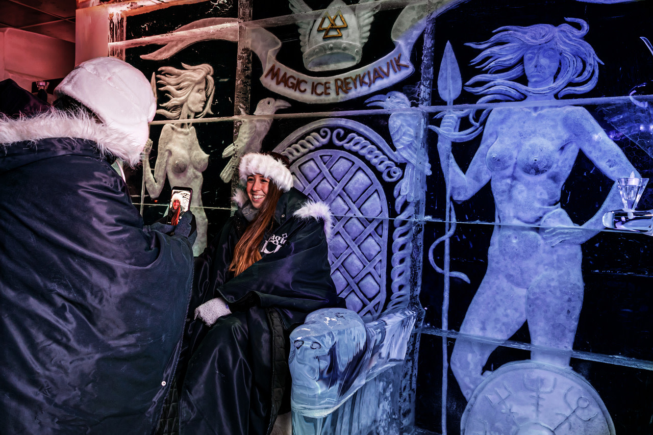 Magic Ice Bar & Gallery