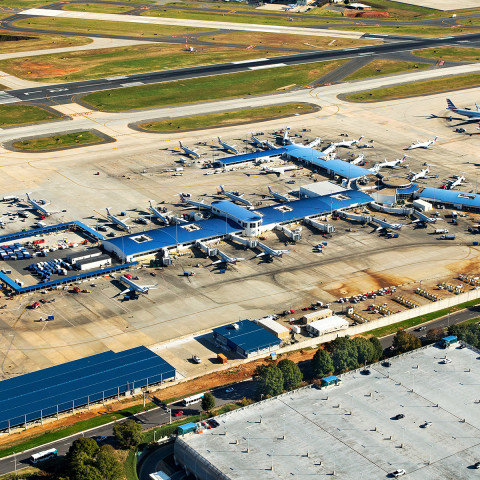 CLT To Temporarily Close Runway 5/23 For Taxiway Reconstruction