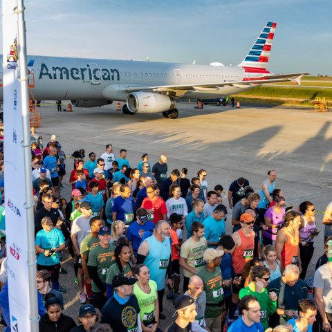 13th Annual Runway 5K Draws Crowd, Funds Aviation Scholarship