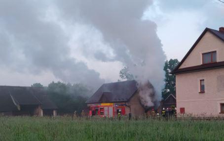 pożar - budynek gospodarczy