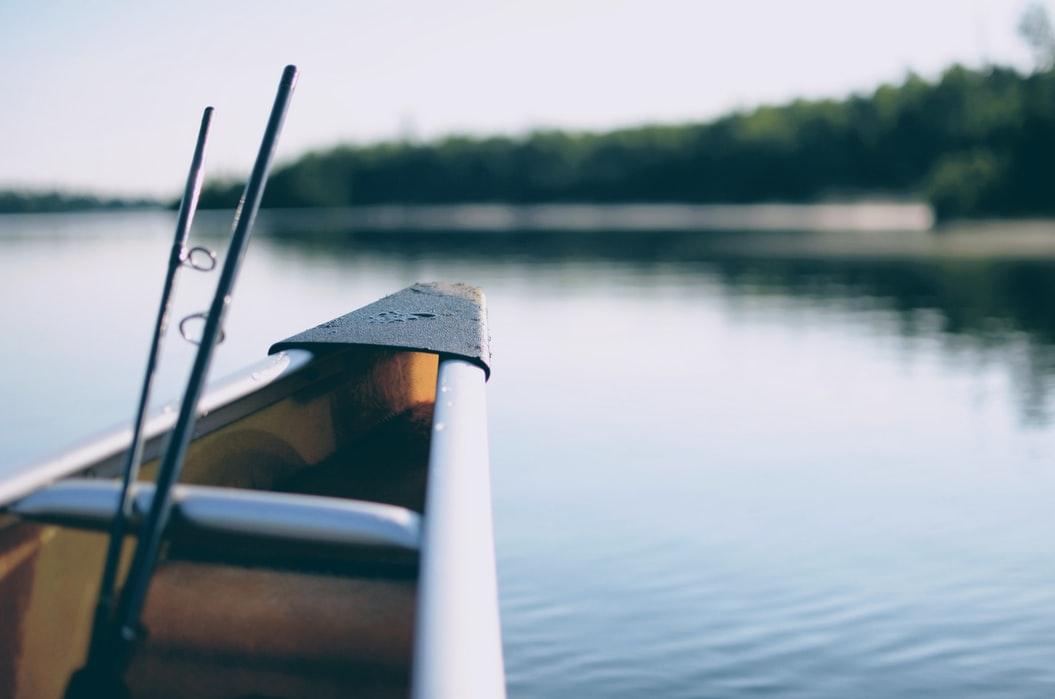 ryby wędkarz łódka