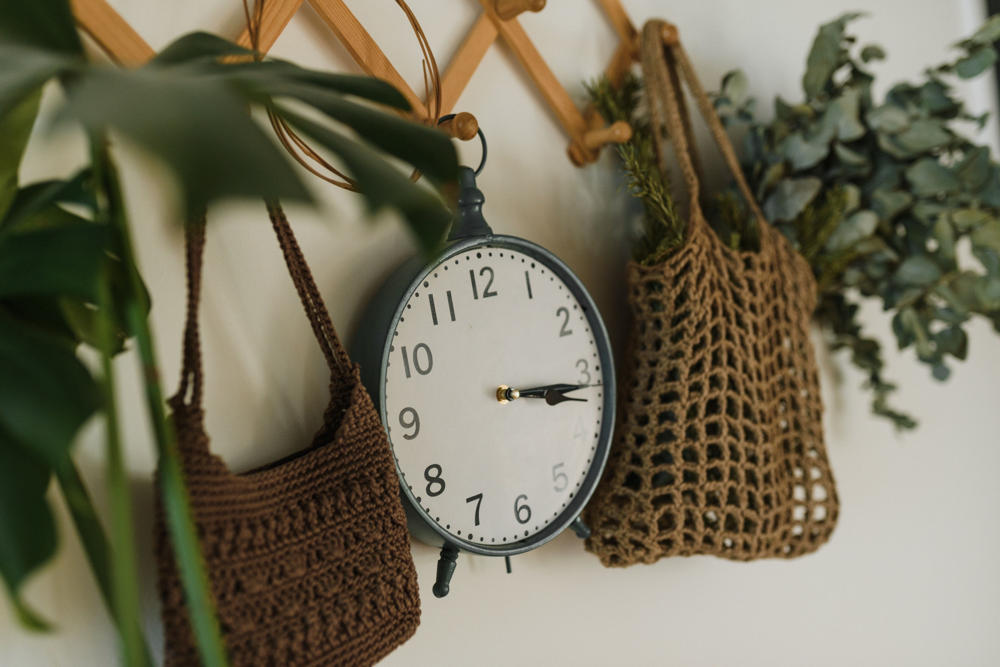 How to be a Clock and Timekeeper for Happily Virtual Events SEO image