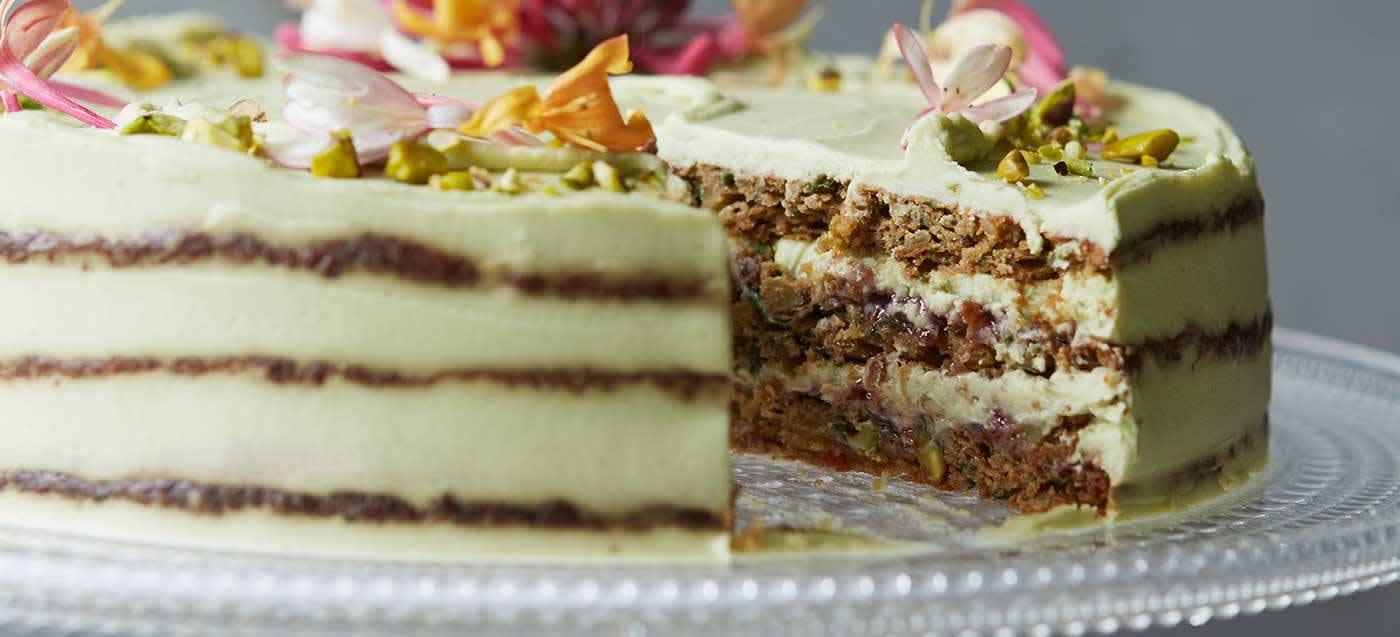 Courgette, pistachio and lime cake
