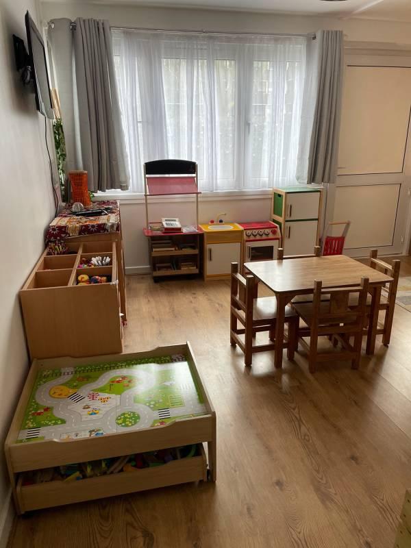 Ruky's Kiddies tiney home nursery - setting image