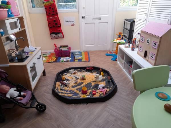 Crowns and Tiaras tiney home nursery - setting image