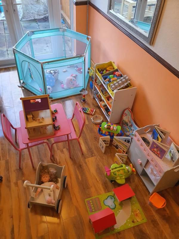 Alev Hussein tiney home nursery - setting image