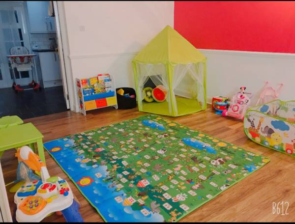 Anum's  tiney home nursery - setting image