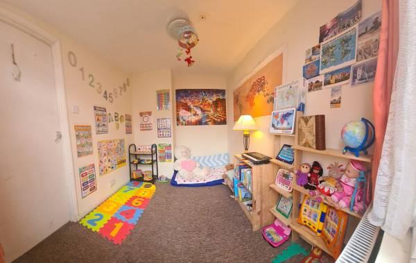Polly's tiney home nursery - setting image