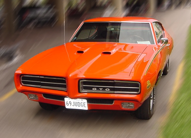 old Pontiac gto model