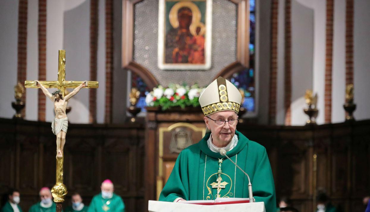 Abp Gądecki przeprosił za molestowania w kościele