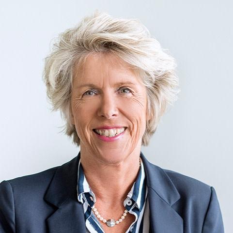 Christiane Schönefeld