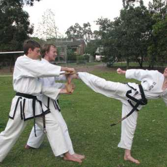 instructor-and-black-belt-training - img 2387