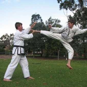 instructor-and-black-belt-training - img 2375