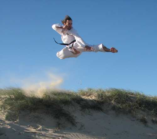 Beach Fly Kick - 14