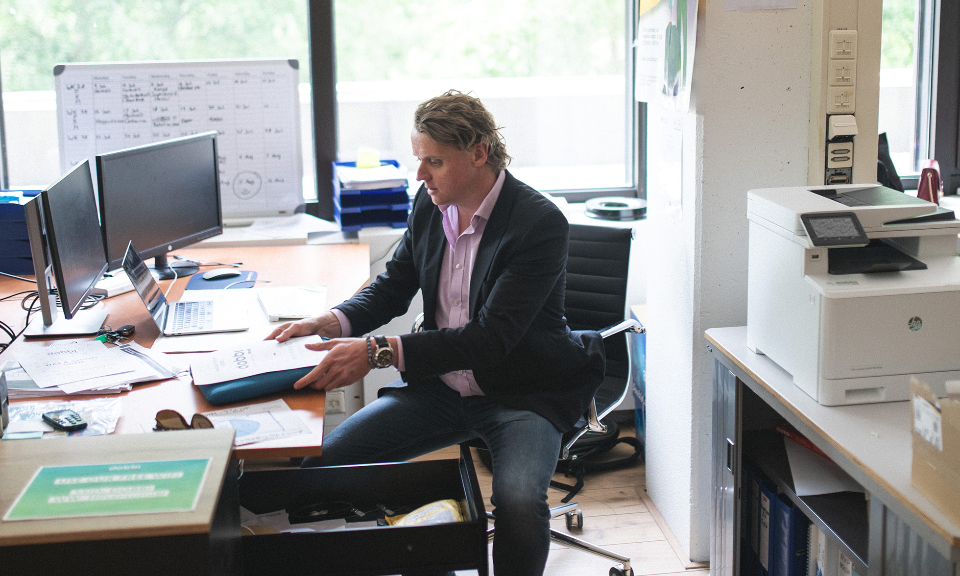 Dobbi founder Maurits Tiethoff at his desk