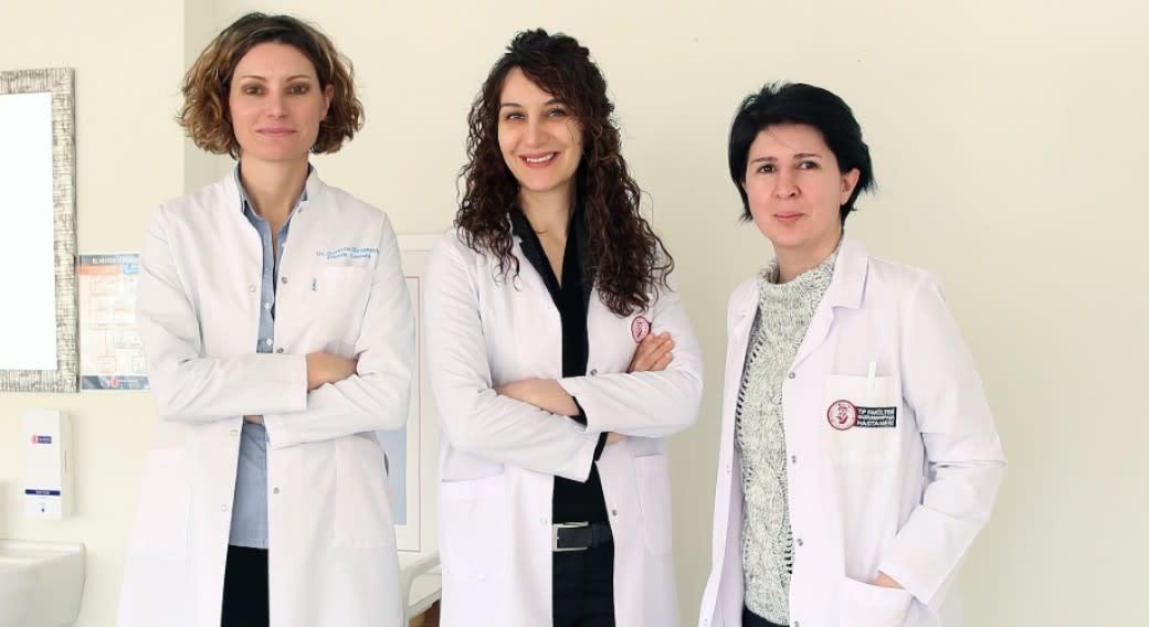 Ärztinnen für Brustchirurgie am GOP Hospital in Istanbul, Türkei