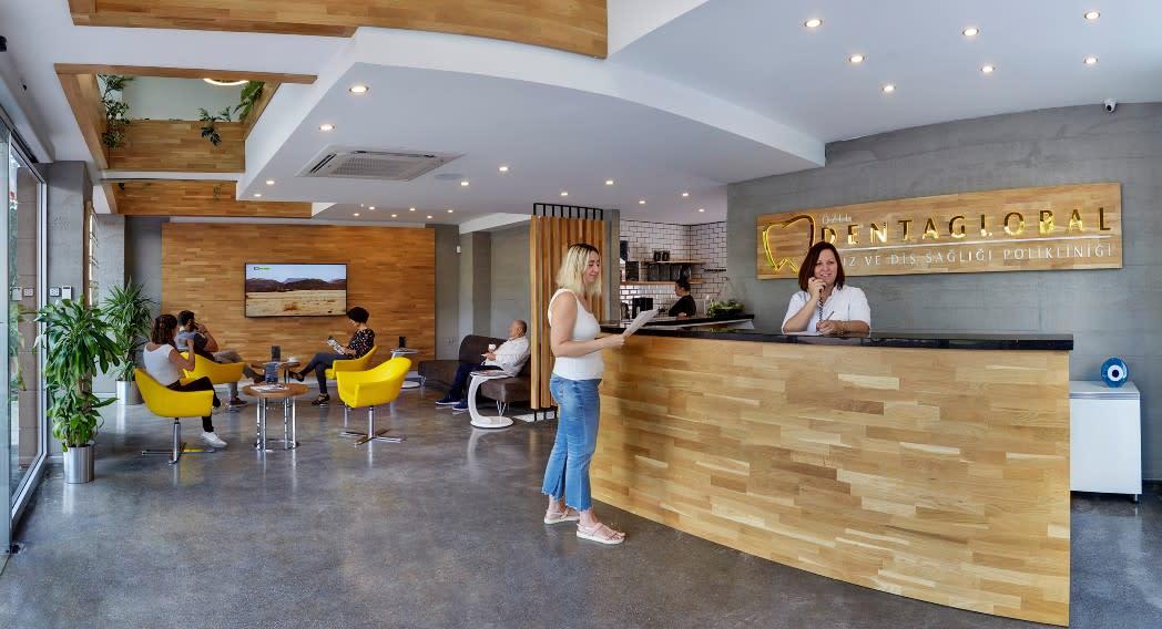 Dentaglobal dental clinic in Izmir, Turkey