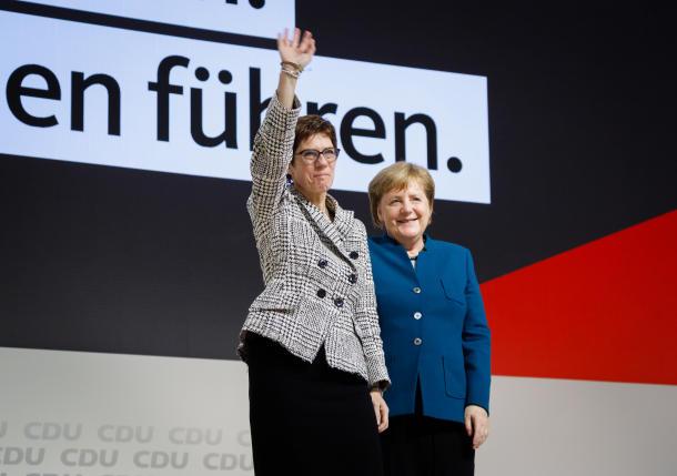 AKK wird als CDU-Chefin gewählt