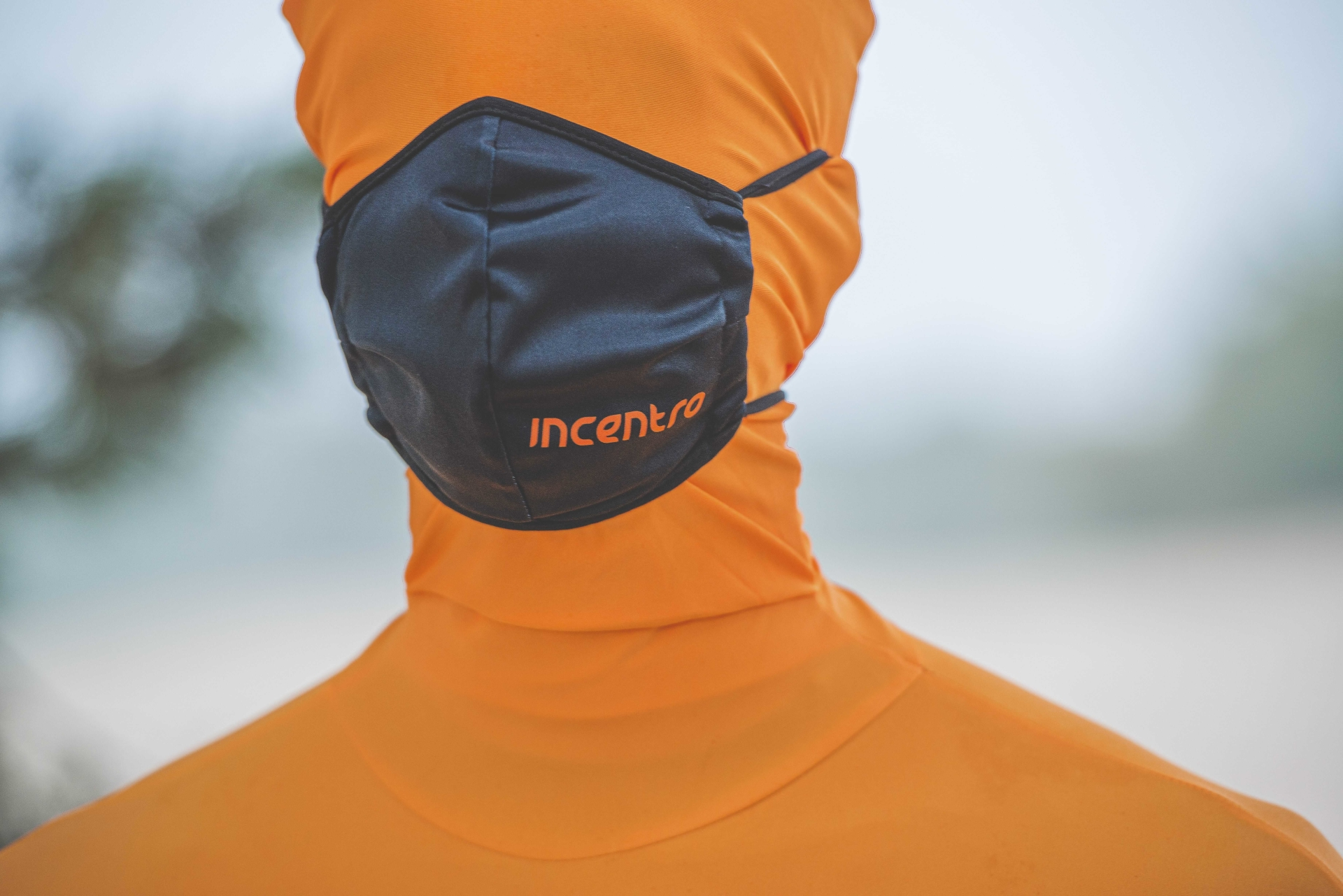 incentro mask protection orange guy