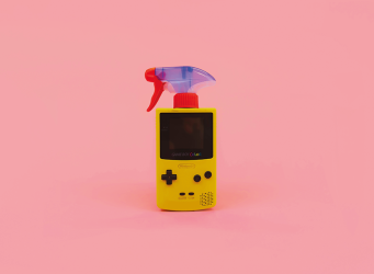 Gameboy con spray