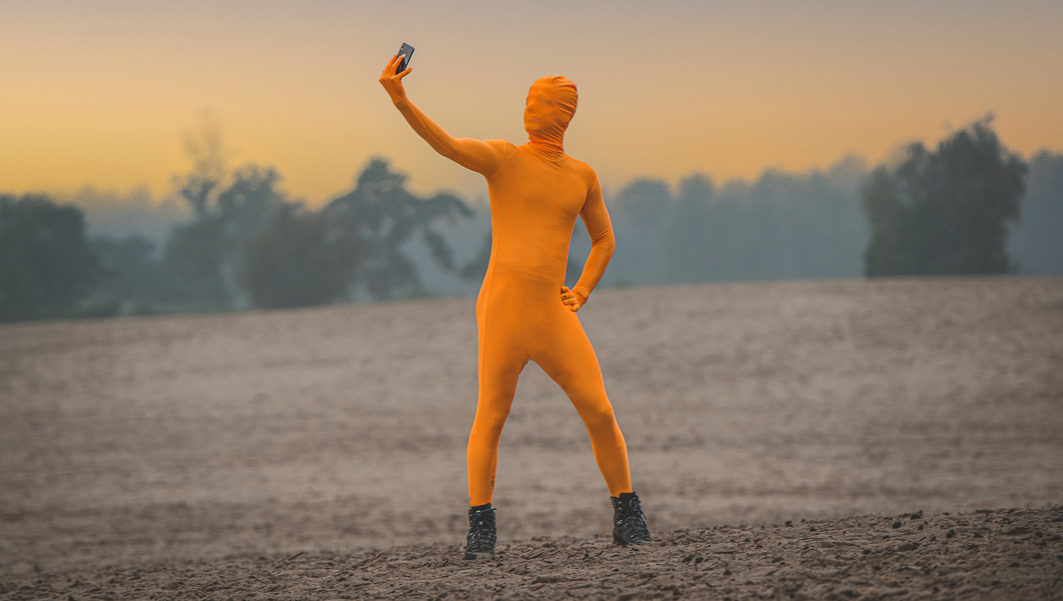 selfie orange guy