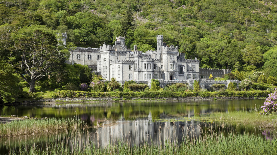 Kylemore Abbey, Connemara