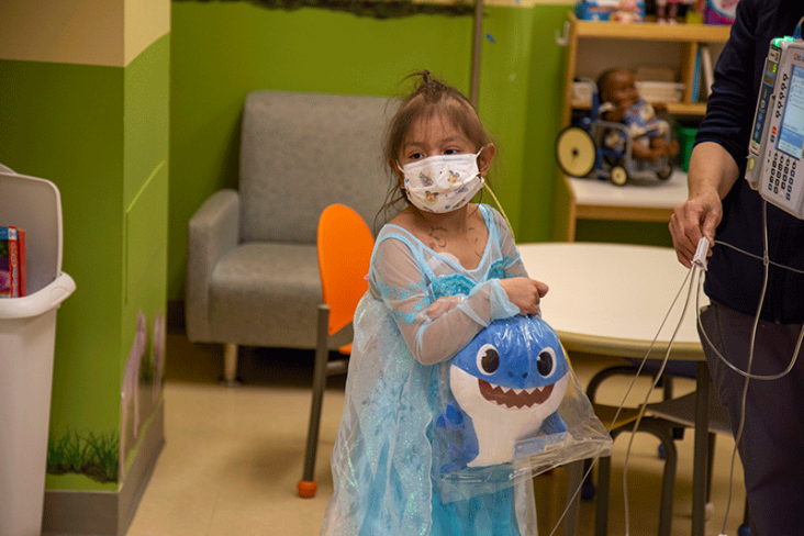 Girl in hospital with babyshark