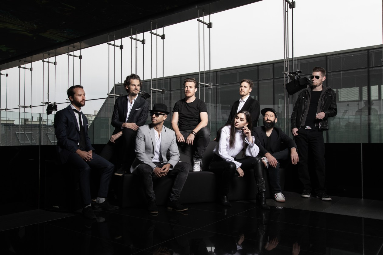Parov Stelar group portrait