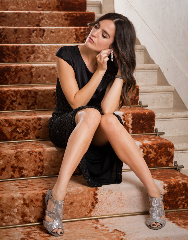 Lauren Samuels on Staircase